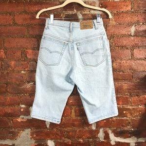 Levi's Silver Tab Denim Boyfriend Shorts Size 5